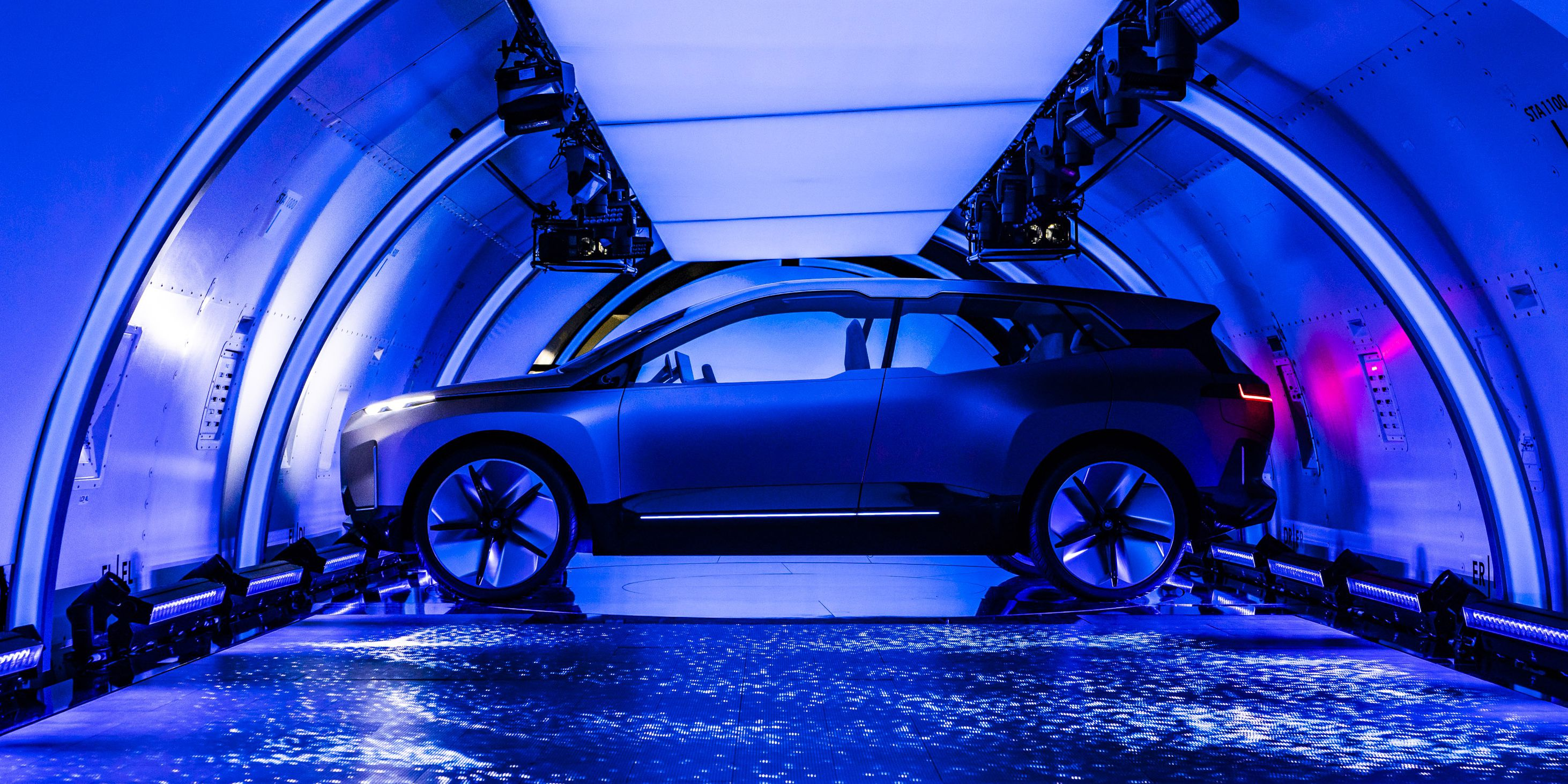 BMW Vision iNext-2