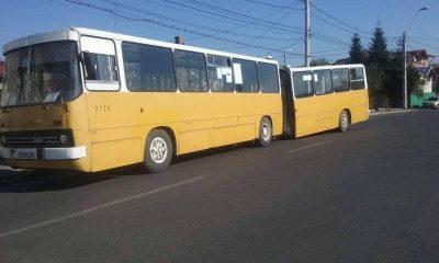 autobuz cu burduf